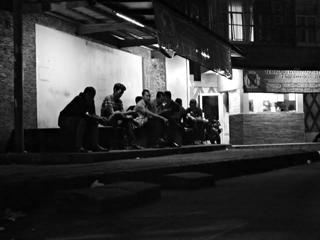 ehidupan Malam Di Bogor 4