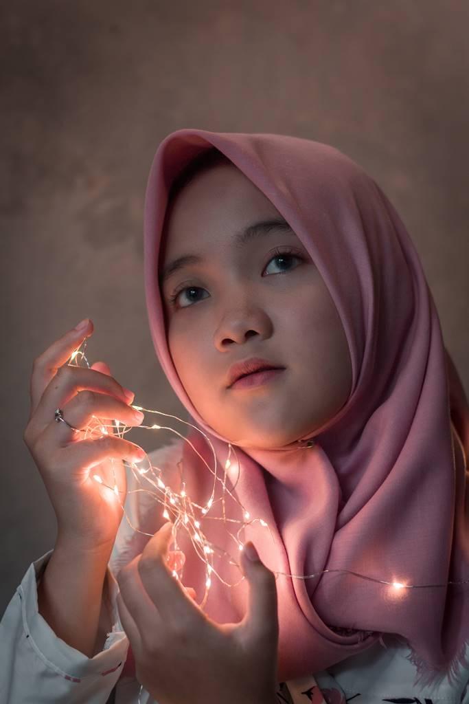 4 Foto Karya Siswa SMA Negeri 10 Bogor - Aura Suci Cahyani A